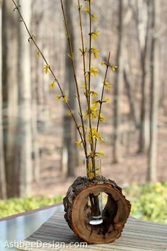 Ashbee Design: DIY Log Slice Vase with Spring Flowers #gardening