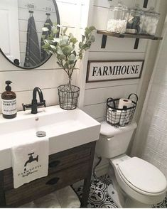 Top Rustic Farmhouse Bathroom Ideas (77)