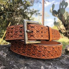 #cdkleather #claytonkinney #custombelt #customleather #leatherbelt #classy #mensaccessories #fashion #art #quality #leather