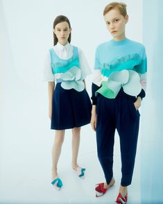Delpozo Resort 2019 Fashion Show Collection: See the complete Delpozo Resort 2019 collection. Look 11 Vogue Fashion, Runway Fashion, Fashion Outfits, Fashion Hats, Esmod Paris, Baby Shower Outfit For Guest, Spanish Fashion, Fashion Details, Fashion Design