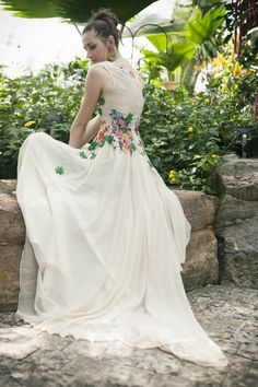 Stunning!  Beige chiffon embroidered dress by AtelierDeCoutureJK on Etsy, €2200.00 Women's couture summer wedding fashion