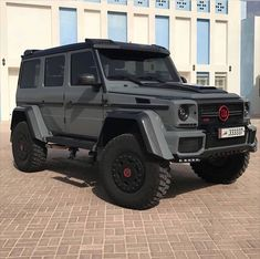 Mercedes G Wagon, Mercedes Benz G Class, Mercedes Benz Cars, Luxury Sports Cars, Top Luxury Cars, Fancy Cars, Modified Cars, Amazing Cars, Dream Cars