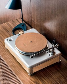 Shinola Runwell turntable in site record player