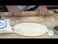 Pastafrola por Osvaldo Gross - YouTube Greek Desserts, Cooking Recipes, Healthy Recipes, Chocolate, Nigella Lawson, Rachel Ray, Cupcake Cakes, Bakery, Sweet Treats