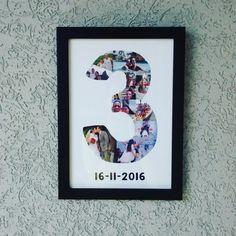 Lindo quadrinho, com suas fotos de 3 anos de namoro, casamento ou outra comemoração especial. Após a compra passaremos um e-mail para vc enviar as fotos. -Tamanho: 23x33cm -Impressão em papel Couche -Com vidro -Moldura de madeira de 2cm (Preta ou Branca)