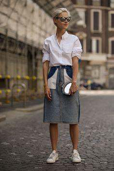 El lado trendy del #CAsualFriday, el #streetstyle inspira el fin de semana. http://www.vogue.mx/galerias/moda-en-la-calle-street-style-inspiracion-verano-2013/2189/image/1195017