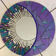 Mosaico de vidrio azul y púrpura brillo redondo por SolSisterDesign