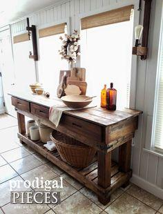 Rustic DIY Farmhouse Workbench Console by Larissa of Prodigal Pieces   prodigalpieces.com #prodigalpieces #furniture #farmhouse #homedecor #shopping