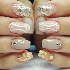 Love this nude, gold & while design