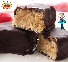 French Toast Protein Bars - http://proteinpow.com/2014/10/french-toast-protein-bars.html