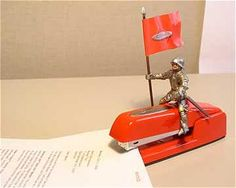 I need to dress us my red swingline stapler like this.. hehe