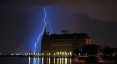 Thunderstrom in istanbul