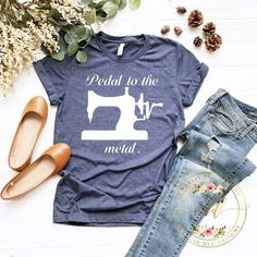 Comfortable Funny Gift Kids Tri-blend T-Shirt Royal Blue or Heather Gray I Knead Carbs Boy/'s Tee Shirts with Sayings