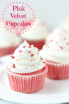Pink Velvet Cupcakes by Blahnik Baker are lovely, Valentine inspired treat. Buttermilk cupcakes are really moist and tender, complemented with tangy, classic Just Desserts, Delicious Desserts, Dessert Recipes, Yummy Food, Cupcake Recipes Easy, Pink Velvet Cupcakes, Blue Velvet Cakes, Cupcakes Bonitos, Yummy Treats
