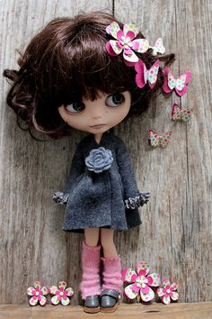 Peri with Flower & Butterfly Accessories by Abi Monroe, via Flickr