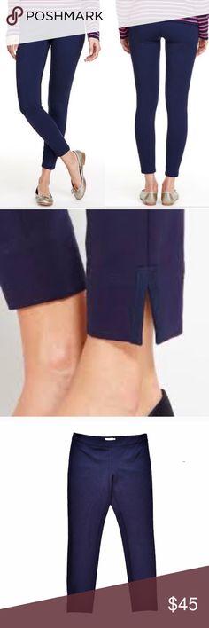 Vineyard Vines navy ponte skinny pants Navy ankle length ponte skinny pants from Vineyard Vines, size 8. Vineyard Vines Pants Skinny