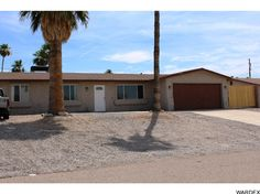 180 Mescal Loop, Lake Havasu City - * Just Listed * Updated 3/2 with newer pool and backyard setup, stamped concrete floors, office off master suite, side RV parking... http://www.homesearchlakehavasu.com/property/928420 #LakeHavasu #HavasuLew #NoBadDays #Havasu #JustListed #HavasuHomes #LakeLife #RiverLife #HavasuLife