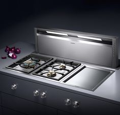 Gaggenau Retractable downdraft with LED lighting | Revuu