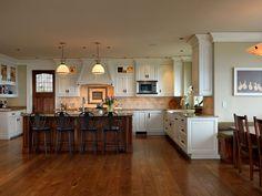 Maclure-Style Ocean-Front Home Windward Oaks By Michael Knight 14