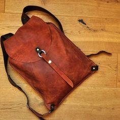 Заказной рюкзачок #Кожаный_рюкзак  #необычные_сумки #авторские_сумки #сумки_ручной_работы #handmade_bags #leather_bags #burtsevbags