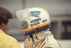 Bobby Unser Indy Car Racing, Indy Cars, Dan Gurney, Racing Helmets, American Racing, Helmet Design, Car And Driver, Motorcycle Gear, Vintage Racing