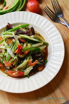 Spicy Cucumber salad - It likes Som Tum but use cucumber instead of papaya. #ThaiCuisines #Thai #Cuisines