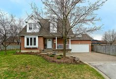 3855 Trelawny Circle in #Mississauga - 3 bedroom detached house for sale in Trelawny Estates #Lisgar www.robkelly.ca