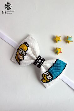 Simpson Family Bow Tie Simpsons Homer And Marge Bow Tie Cartoon Simpsons Fan Cute Bow Tie Creative Embroidery Cross Stitch Romantic Present Cross Stitch Baby, Modern Cross Stitch, 70th Birthday Decorations, Homer And Marge, Elastic Ribbon, Boys Bow Ties, Glitter Hair, Cute Crafts, Hair Bows