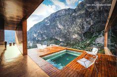 Contemporary house in Mexico - Casa contemporánea de montaña al norte de México con piscina en una terraza