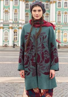 Colorful Clothing – Artsy Swedish Women's Selections   Gudrun Sjödén Colourful Outfits, Colorful Fashion, Boho Fashion, Style Fashion, Fashion Design, Kinds Of Clothes, Clothes For Women, Marketing Direct, Swedish Women