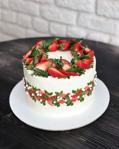 30 Decorating Cake With Fruit - Cake Design Ideas Easy Cake Decorating, Cake Decorating Techniques, Ice Skating Cake, Cake Cookies, Cupcake Cakes, 30 Cake, Painted Cakes, Buttercream Cake, Sweet Cakes