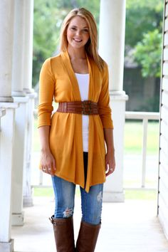 Perfect fall outfit! Love simple and cute:)