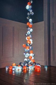 2 guirlandes de 50 boules (bleu ciel, bleu poudré, turquoise, bleu canard, orange)