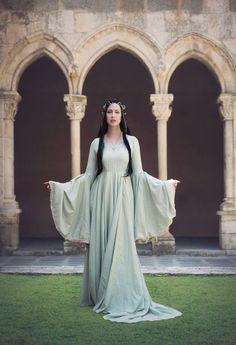 Arwen Costume, Elf Costume, Elf Cosplay, Elfa, Fairytale Fashion, Fairy Dress, Fantasy Costumes, Medieval Dress, Fantasy Dress