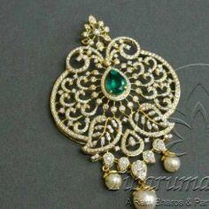 Diamond designer pendant in 18 carat gold | Tibarumal