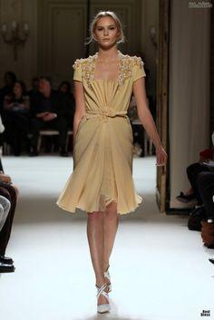 #kamzakrasou #sexi #love #jeans #clothes #dress #shoes #fashion #style #outfit #heels #bags #blouses #dress #dresses #dressup #trendy #tip #new #kissExkluzívne+fotografie+z+módnej+prehliadky+-+Georges+Hobeika+I.