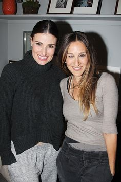 Idina, SJP & the City! Sarah Jessica Parker Visits If/Then Star Idina Menzel Backstage