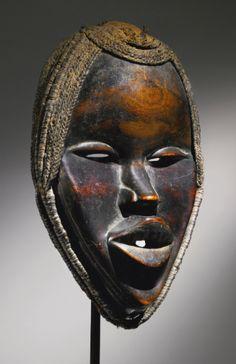 mask/headdress ||| sotheby's n08994lot6sx5gen