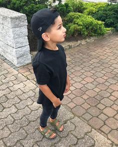 Boys Summer Outfits, Little Boy Outfits, Toddler Boy Outfits, Cute Outfits For Kids, Baby Kids Clothes, Cute Kids, Little Kid Fashion, Kids Fashion Boy, Toddler Fashion