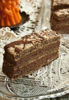 La Ancuţa: Prajitura cu nuca si ciocolata