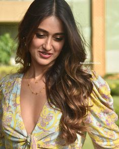 Image may contain: one or more people and closeup Cute Beauty, Beauty Full Girl, Beauty Women, Bollywood Actress Hot, Beautiful Bollywood Actress, Indian Celebrities, Beautiful Celebrities, Illeana Dcruz Hot, Indian Actress Hot Pics