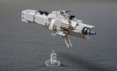 [Sci-fi] Mini Thakrar by Sydag Lego Spaceship, Lego Robot, Lego Moc, Spaceship Concept, Robot Art, Lego Universe, Lego Custom Minifigures, Micro Lego, Lego Ship