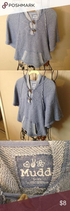 🌸Cute comfy girls Mudd puncho size L-XL look🌸 Super cute and comfy puncho Mudd Shirts & Tops