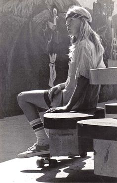 vintage everyday: Portraits of Teenagers at Venice Beach, California in the 1970s