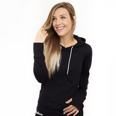 Whether you are geared up for the outdoors, off to yoga or coffee with your friends, this black activewear breastfeeding hoodie will have you ready to go. Bali Baby, Breastfeeding In Public, Black Hoodie, Active Wear, Hoodies, Stylish, How To Wear, Nursing, Shopping
