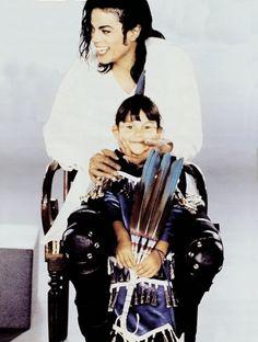 """New"" rare photos of Michael Jackson"