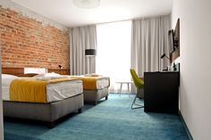 hotel room, shaw floors
