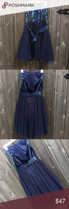 Strapless semi-formal cocktail dress Beautiful size 1 strapless cocktail semi-formal with sequined top and navy chiffon skirt. nights by teeze me Dresses Strapless