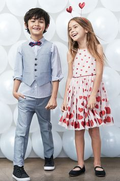 All dressed up for the celebration of love! Discover Valentines-themed occasion wear for boys and girls. | H&M Kids