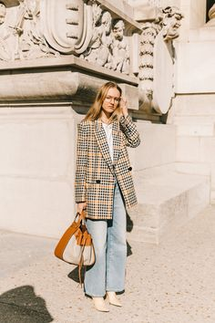 Here are the best street style looks seen at Paris Fashion Week, as captured by photographer Diego Anciano. Fashion Week, New York Fashion, Look Fashion, Paris Fashion, Street Fashion, Autumn Fashion, Fashion Outfits, Fashion Tips, Fashion Trends